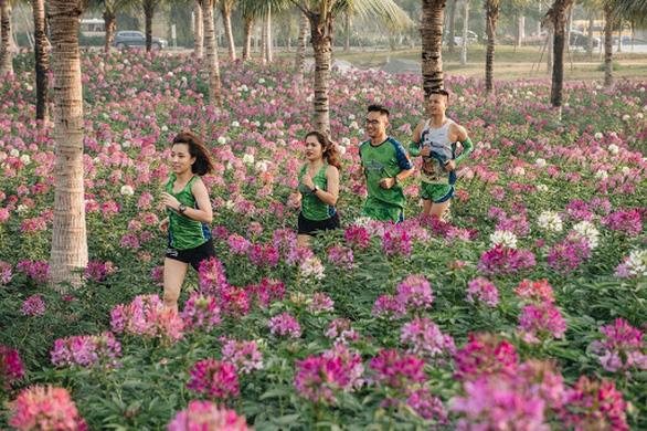 Cung đường chạy marathon đẹp như mơ tại Ecopark - Ảnh 5.