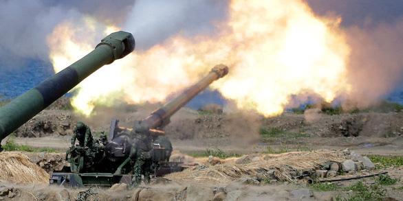 Mỹ sắp bán lô vũ khí đầu tiên cho Đài Loan dưới thời ông Biden, báo Trung Quốc cảnh báo - Ảnh 1.