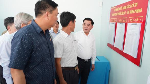 Ông Trần Cẩm Tú: Chú trọng phòng dịch COVID-19 trong bầu cử tại khu vực biên giới - Ảnh 2.