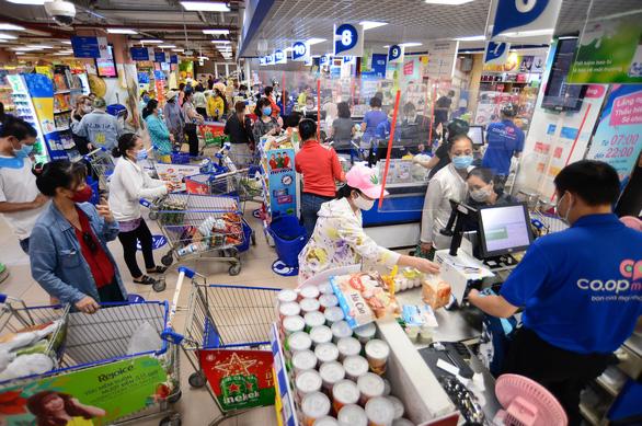 2 tuần liên tục mua hàng tại  Co.opmart với giá chỉ từ 1.000 đồng - Ảnh 1.