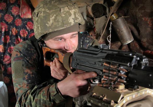 Nga tập trung 150.000 quân ở biên giới Ukraine, Mỹ kêu gọi hàng không 'thận trọng' - Ảnh 1.