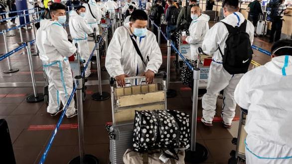 Chile bị COVID-19 nhấn chìm vì ỷ lại vào vắc xin Trung Quốc - Ảnh 1.