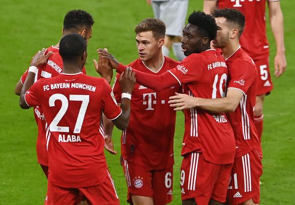 Thắng dễ Leverkusen, Bayern chạm một tay vào đĩa bạc - Ảnh 2.