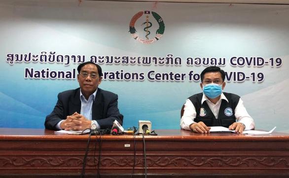 Sau Campuchia, đến lượt Lào phong tỏa thủ đô 2 tuần - Ảnh 1.