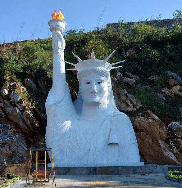Chủ tượng Nữ thần Tự do bị 'ném đá' ở Sa Pa: Sinh con đâu ai mong nó thành quỷ sứ - Ảnh 1.