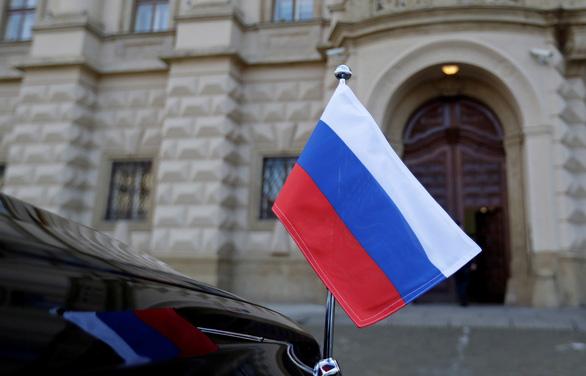 Nga thề trả đũa sòng phẳng với Czech - Ảnh 1.