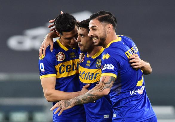 Ronaldo 'tịt ngòi, Juventus lội ngược dòng trước Parma nhờ hàng thủ - Ảnh 1.