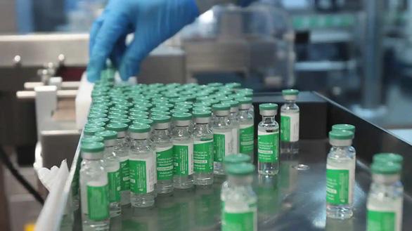 Dịch COVID tăng dữ dội ở Ấn Độ, các nước nghèo càng thiếu vắc xin - Ảnh 2.