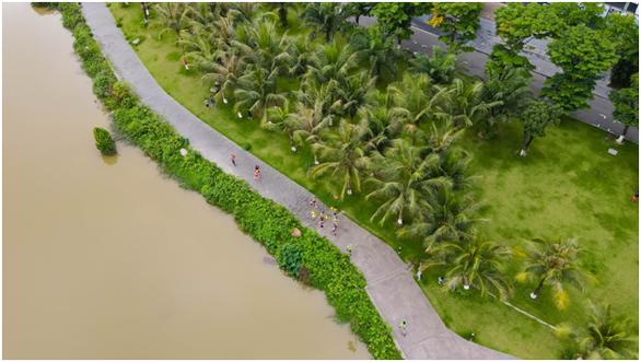 Chạy marathon trên cung đường ngập sắc xanh ở đô thị Ecopark - Ảnh 10.