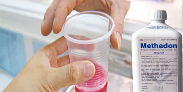 Uống nhầm chất thay thế ma tuý trong tủ lạnh gia đình, học sinh 15 tuổi bị ngộ độc, hôn mê - Ảnh 1.