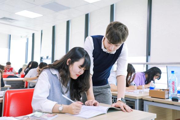 Hướng học tiếng Anh ở bậc đại học để không ngáng đường tương lai - Ảnh 1.