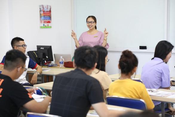 Hướng học tiếng Anh ở bậc đại học để không ngáng đường tương lai - Ảnh 2.