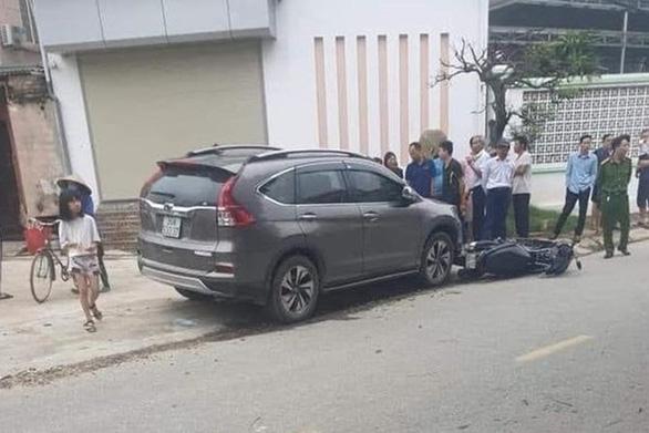 Khởi tố, bắt tạm giam nữ tài xế lái ô tô tông chết 2 mẹ con rồi bỏ chạy - Ảnh 1.