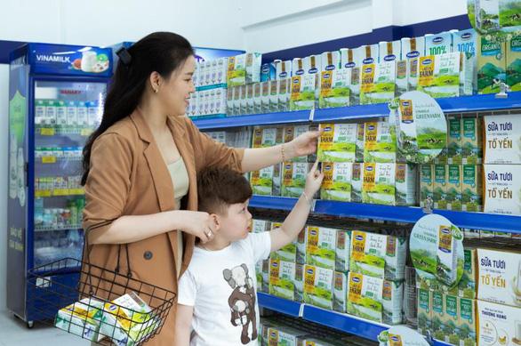 'Ngôi quán quân' trong ngành hàng sữa nước - Ảnh 1.