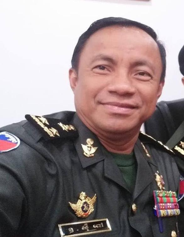 Campuchia bắt trung tướng quân đội giúp 28 người Trung Quốc rời Phnom Penh - Ảnh 1.