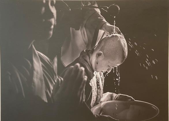 Chiêm nghiệm triết lý sâu sắc của nhà Phật qua những bức ảnh đẹp - Ảnh 2.