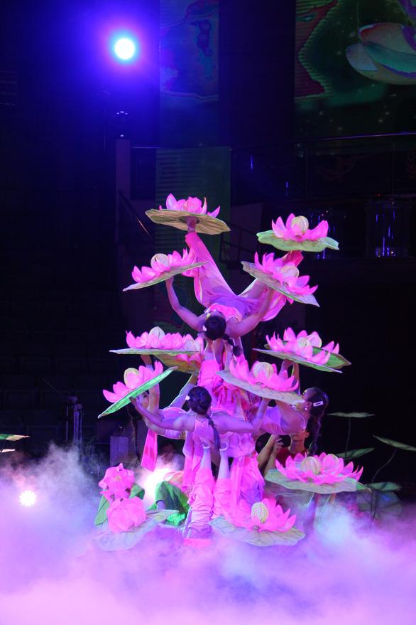 Hơn 100 diễn viên xiếc khoe tài trong cuộc thi tài năng xiếc toàn quốc - Ảnh 2.