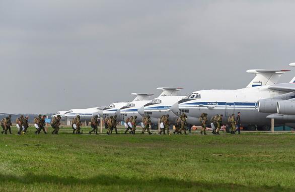 Ukraine: Nga rút quân không đủ để giải quyết xung đột giữa 2 nước - Ảnh 1.