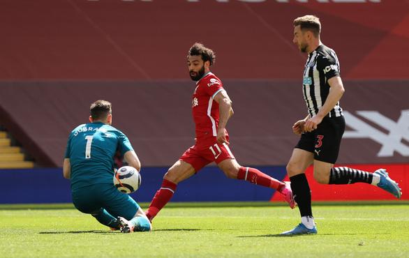 Liverpool đánh rơi chiến thắng ở phút 90+5 - Ảnh 2.