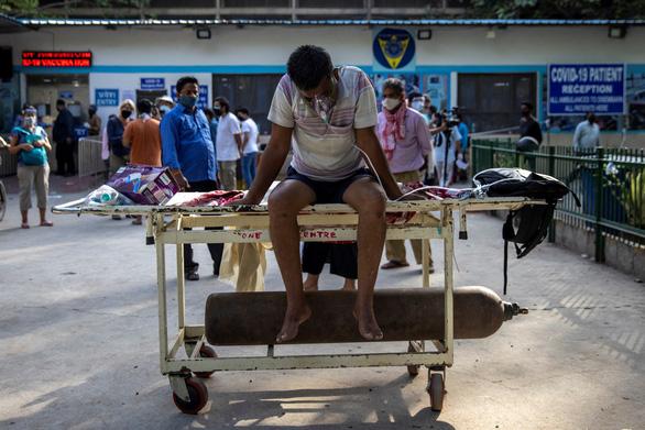 Sáng 24-4, Việt Nam có 2 ca mắc COVID, tình hình nghiêm trọng ở Ấn Độ - Ảnh 2.