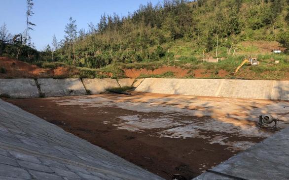 Lý Sơn khát khô, hồ chứa nước ngọt đủng đỉnh làm 4 năm chưa xong - Ảnh 1.