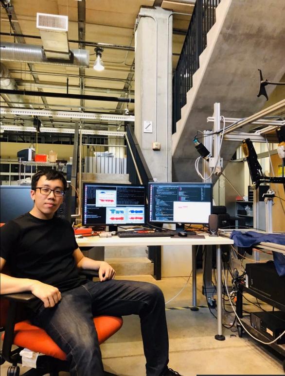 Cựu học sinh Quốc tế Á Châu đạt học bổng tiến sĩ ở tuổi 23 - Ảnh 2.