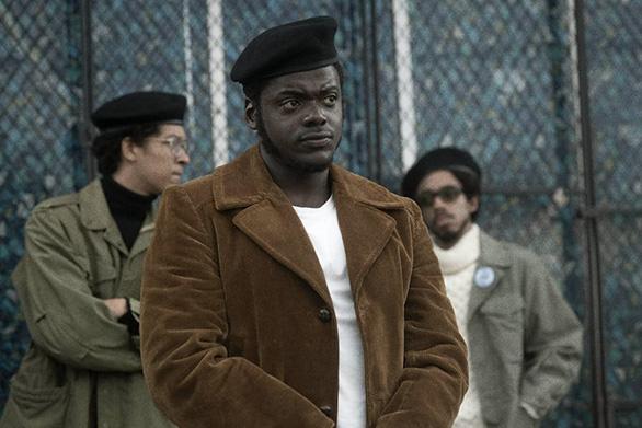 Nhà cái đang gọi tên Chadwick Boseman, Youn Yuh Jung, Chloé Zhao... tại Oscar 2021? - Ảnh 6.