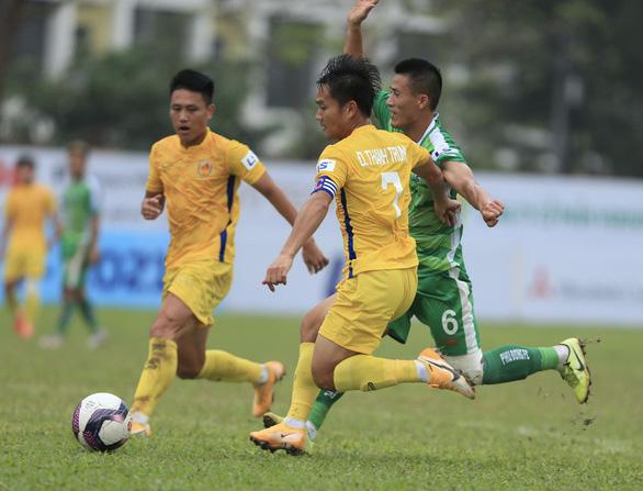 Vòng loại Cúp quốc gia 2021: Thêm 3 đội chuyên nghiệp bị loại - Ảnh 1.
