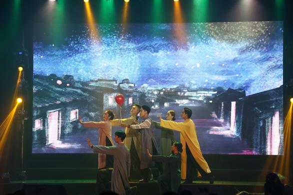 Như chờ từng giấc mơ: Đêm nhạc của những người trẻ yêu và hát nhạc Trần Tiến - Ảnh 2.
