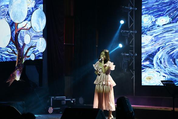 Như chờ từng giấc mơ: Đêm nhạc của những người trẻ yêu và hát nhạc Trần Tiến - Ảnh 3.