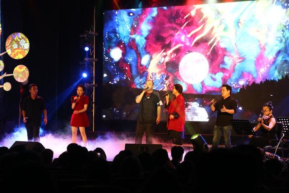 Như chờ từng giấc mơ: Đêm nhạc của những người trẻ yêu và hát nhạc Trần Tiến - Ảnh 4.