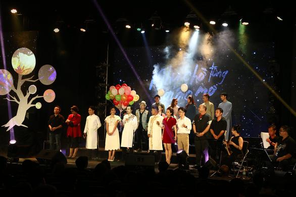 Như chờ từng giấc mơ: Đêm nhạc của những người trẻ yêu và hát nhạc Trần Tiến - Ảnh 1.