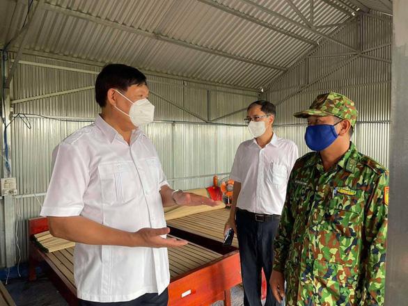 Chiều 25-4: Việt Nam thêm 10 ca mắc COVID-19 mới, cách ly sau nhập cảnh - Ảnh 1.