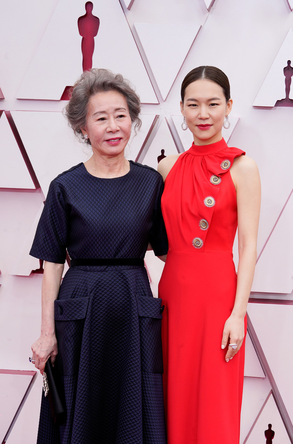 Films that made the name of 'national grandmother' Youn Yuh Jung - Photo 4.