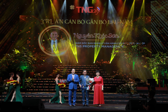 Đêm nhạc kỷ niệm 25 năm đầy cảm xúc của Tập đoàn TNG Holdings Vietnam - Ảnh 3.