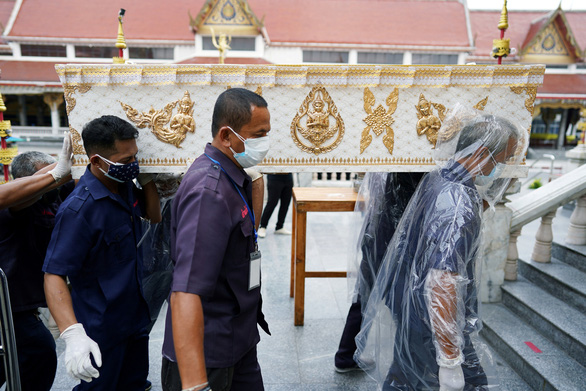 Thái Lan xem xét biện pháp phong tỏa mới - Ảnh 1.