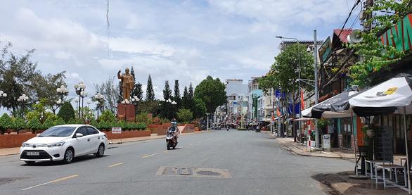 Cần Thơ: Phố đi bộ bến Ninh Kiều bắt đầu từ đêm 1-5 - Ảnh 2.