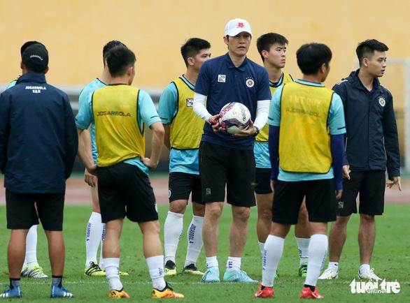 Tân HLV người Hàn của Hà Nội FC: Tôi đã đến gặp HLV Park Hang Seo - Ảnh 1.