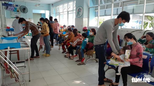 Bệnh tay chân miệng ở An Giang tăng 300% so với cùng kỳ - Ảnh 1.
