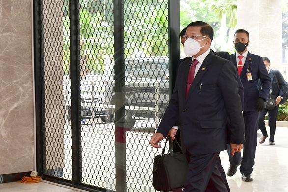 Chờ hành động của thống tướng Myanmar - Ảnh 1.