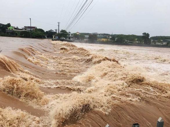 Quảng Ninh: mưa lớn gây lũ và ngập úng tại khu vực huyện Hải Hà - Ảnh 1.