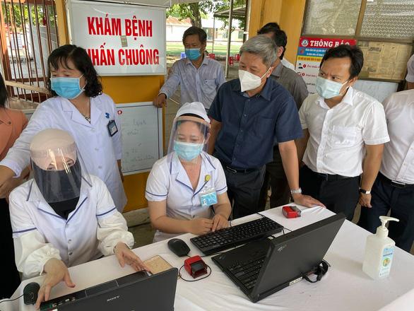 Chiều 27-4: Việt Nam thêm 5 ca COVID-19, 1 ca lây nhiễm tại nơi cách ly - Ảnh 1.