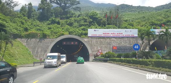 Nhà đầu tư hầm Hải Vân gặp áp lực tín dụng nên tăng phí gấp 3 trạm thường, dân than trời - Ảnh 3.