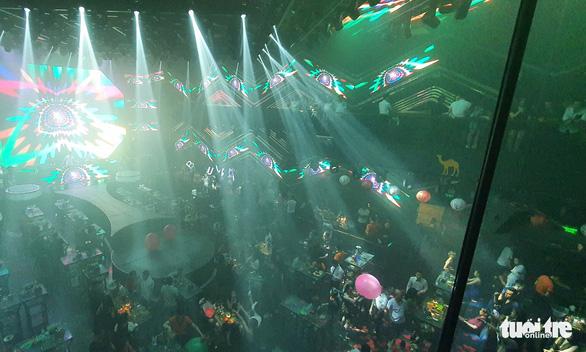 Hải Dương tiếp tục dừng karaoke, bar, massage, rạp phim - Ảnh 1.