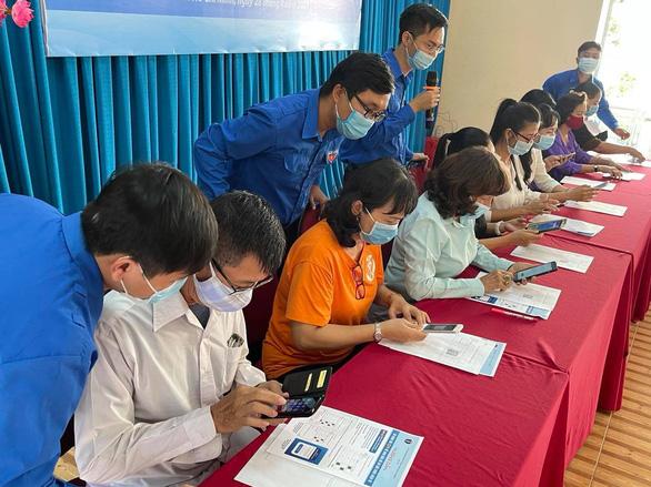 TP.HCM: Người dân bắt đầu khai báo hồ sơ sức khỏe điện tử - Ảnh 1.