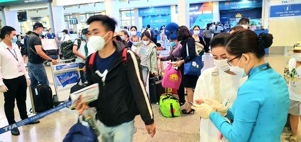 Giảm ùn tắc sân bay Tân Sơn Nhất dịp lễ được chuẩn bị ra sao? - Ảnh 1.