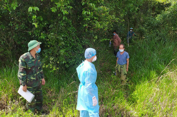 Đề nghị khởi tố 2 người vượt biên, nghi sang Campuchia... săn bắn - Ảnh 1.