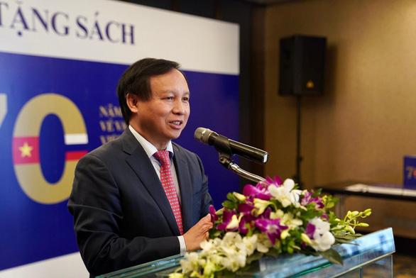 Lễ trao tặng sách - hoạt động thể hiện tình hữu nghị giữa hai nước Việt Nam - Nga - Ảnh 1.