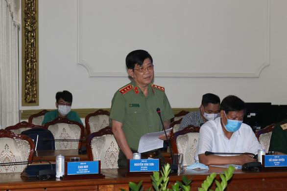 Bộ trưởng Bộ Y tế: TP.HCM phải kích hoạt lại toàn bộ hệ thống chống dịch ở với mức độ cao nhất - Ảnh 2.