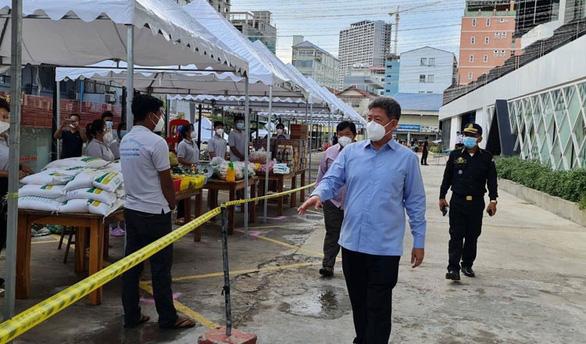 880 ca nhiễm mới tại Campuchia đều liên quan cùng một sự kiện cộng đồng - Ảnh 1.